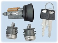7012802 Ford Ignition/Door Lock Set (coded with keys) Strattec Lock