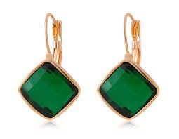 Rigant Earrings With Green Stone (Green) M. By Chonlyshop