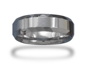 Tungsten Carbide 7mm Men's Ring with Faceted Edge / Size 13