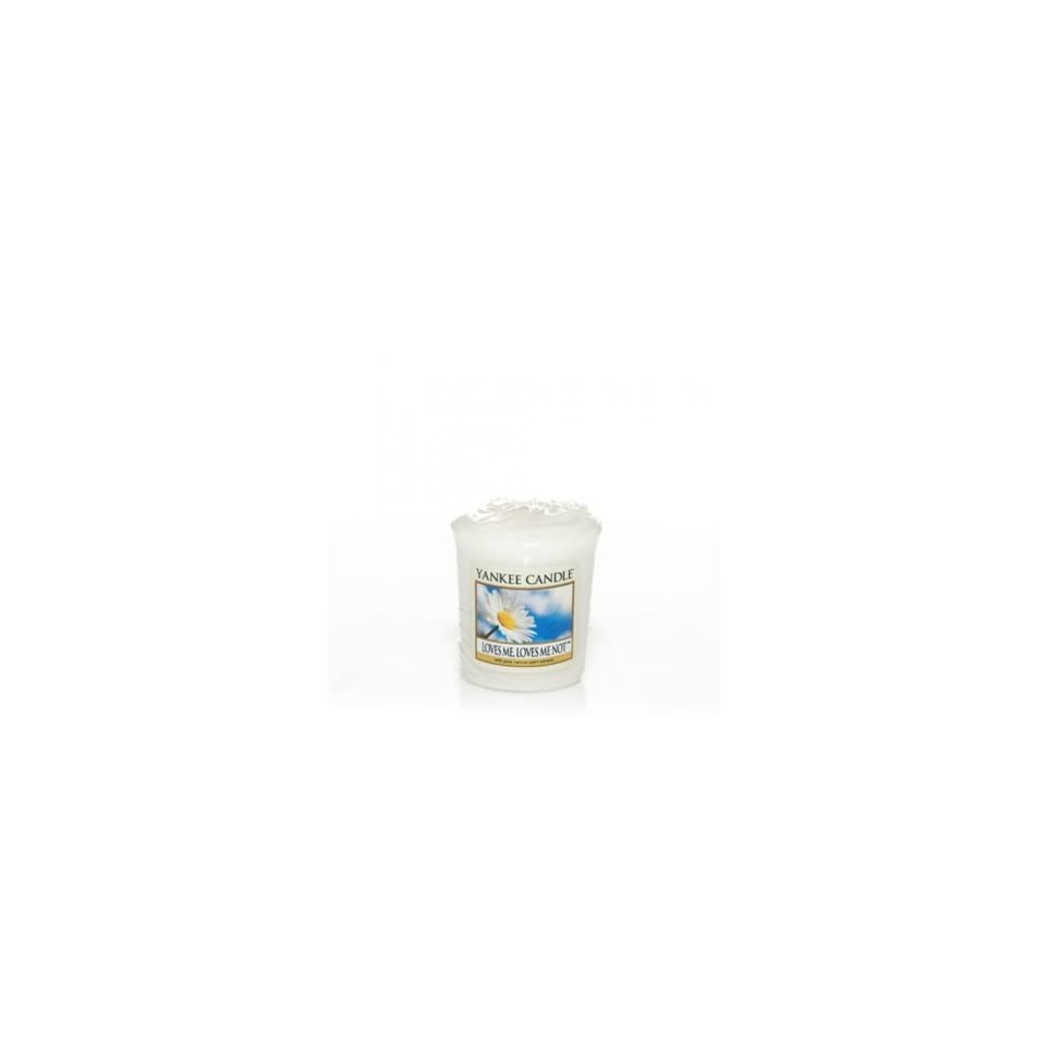 Yankee Candle Sampler® Votive Candle 1.75 oz LOVES ME LOVES ME NOT (QTY OF 2)