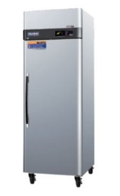 Turbo Air Pro-26F Reach In Stainless Freezer W/ 1-Solid Door, 26-Cu Ft, Each front-615639