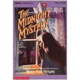 The Midnight Mystery (Apple Paperback)