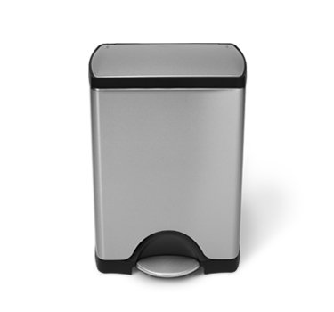 simplehuman Rectangular Step Trash Can, Stainless Steel, 30 L / 8 Gal (Garbage Can Simplehuman compare prices)