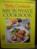Betty Crocker's Microwave Cookbook by Betty Crocker Editors Staff