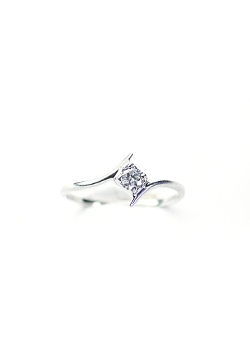 0.13 Carat Single White Round I1-I2 Diamond Promise Ring in .925 Sterling Silver