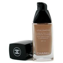 Chanel Vitalumieres Satin Smoothing Fluid Makeup # 20 Clair 30 Ml/1 Oz