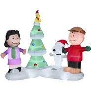 Peanuts Charlie Brown Snoopy Lucy Woodstock Christmas Tree Scene with Sound Musical Lighted Airblown Inflatable