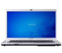 Sony VAIO FW Series VGN-FW21L - Core 2 Duo T5800 / 2 GHz - Centrino - RAM 3 GB - HDD 250 GB - DVD±RW (±R DL) / DVD-RAM / BD-ROM - Mobility Radeon HD 3470 - Gigabit Ethernet - WLAN : 802.11 a/b/g/n (draft), Bluetooth 2.1 EDR - Vista Home Premium - 16.4