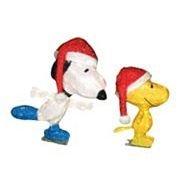 Outdoor christmas decoration animated pre lit peanuts snoopy mailbox - Christmas Peanuts Yard Displays Christmas Wikii