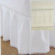 Crochet Bed Skirt front-1058082
