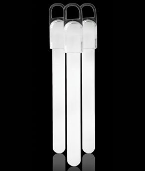 Fun Central W5 4 Inch Standard White Glow Sticks - 25ct