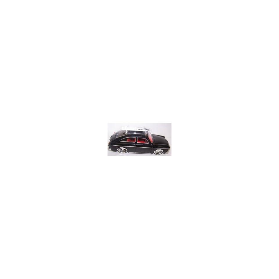 Jada Toys 1/24 Scale Diecast V dubs 1965 Volkswagen 1600 Tl (Fastback) in Color Black