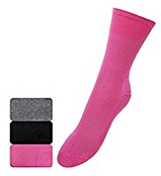 3 Pairs of Cotton Rich Ultimate Comfort Lightweight Socks