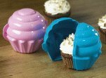 TUPPERWARE CUPCAKE KEEPERS SET OF 2