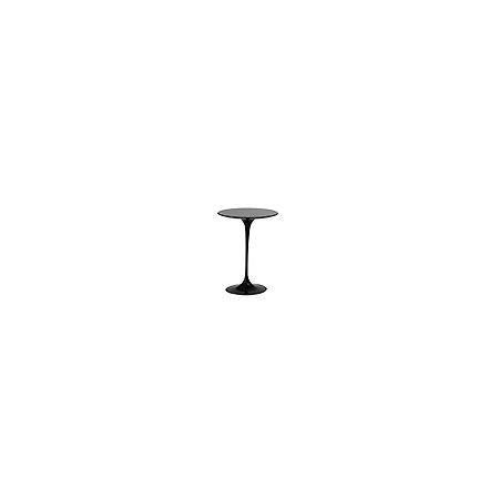 Knoll 16 Saarinen Round Side Table