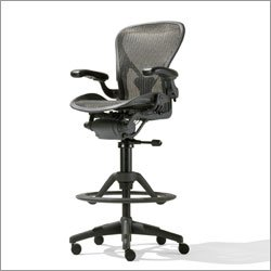 Hu Gross Herman Miller 174 Aeron Deluxe Work Stool Graphite