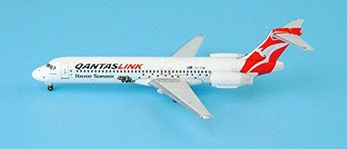 knlr-phoenix-11159-b717-yh-yqw-1400-australian-air-express