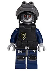 LEGO MOVIE MINIFIGURE Robo SWAT with Robot Goggles FROM 70808