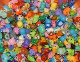 Best Value Squinkies for Girls and Boys: Fairies, Figures, Fantasy, Animals, Birds, Cartoon Characters, - 20pc Mixed Lot - With Bubbles