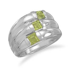 Sterling Silver Three Row Peridot and Polished Band Ring / Size 8