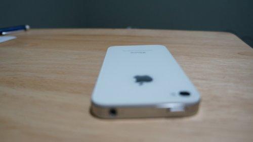 Apple iPhone 4 8GB (Verizon)