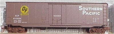 Micro Trains N 32380: 50' Standard Box Car, Plug Door, Southern Pacific SP#670225