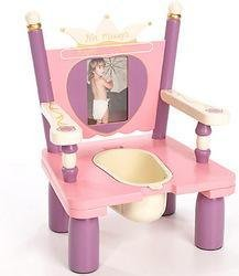 New - Her Majesty's Throne - RAB40001