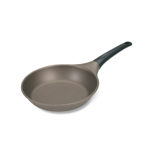Nordic Ware Pro Cast 8 Inch Omelet Pan