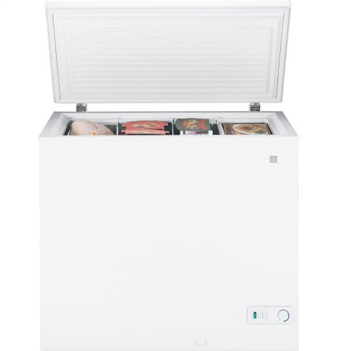 GE FCM7SUWW 7.0 Cu. Ft. White Chest Freezer