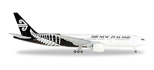 herpa-500-scale-he528450-1-500-air-new-zealand-777-200
