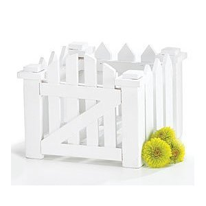 Centerpieces for wedding tables white wood picket fence for Best home decor from amazon