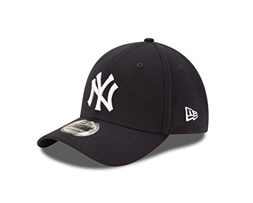 MLB New York Yankees Team Classic Game 39Thirty Stretch Fit Cap, Blue, Medium/Large (Mlb Yankees Cap compare prices)