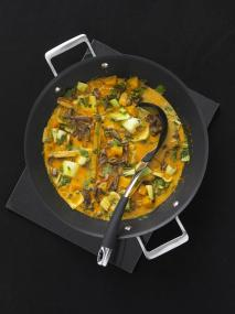 A potential use of our Circulon Infinite Hard Anodised Covered 36cm Stirfry Wok