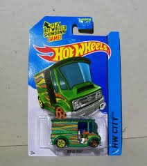 2015 Hot Wheels HW City Bread Box Green 29/250