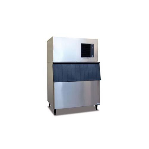 24 Refrigerator With Ice Maker front-642819