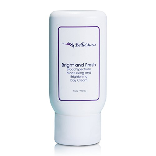 """""""Bright And Fresh"""" Superior Quality Moisturizing And Brightening Day Cream With Broad Spectrum Spf 30 ★ Absorbs Quick & Flawless Under Makeup ★ Powerful Anti Aging Properties ★ 30 Day %100 Money Back Guarantee"""