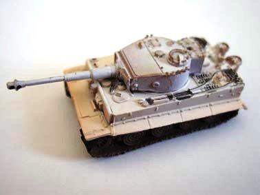 ドイツ軍 ティーガー�T(VI号戦車) 重戦車 後期型 冬季迷彩(ホワイト上塗り)
