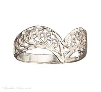 Sterling Silver Filigree Chevron Ring Size 7