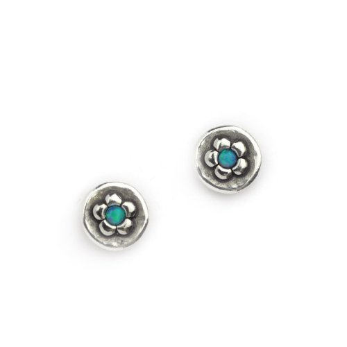Round studs with daisy and little opal stone