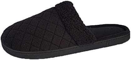 Isotoner Womens Diamond Fleece Quilted Clog