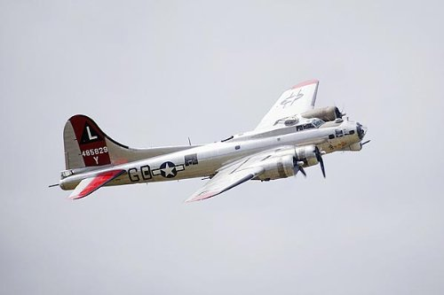 B-17 Flying Fortress Bomber 'Yankee Lady' 8x12 Silver Halide Photo Print
