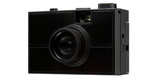 プラモデル!?レンズ交換式の組み立て式フィルムカメラ「LAST CAMERA」