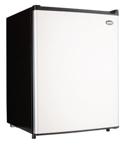 Sanyo SR-2570M 2.5-Cubic-Foot Refrigerator, Platinum and Black