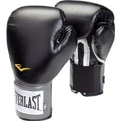 衝撃の2回TKO! WBA王者・内山高志が10度目防衛で狙う「具志堅超え」