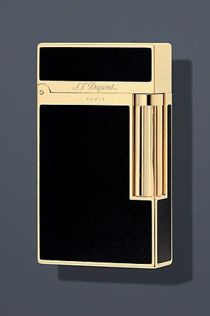 st-dupont-ligne-2-lacquer-lighter-black-gold-16884