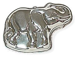 Elephant Cake Pan - 13 x 9 Inches