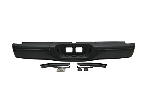 2000-2006 Toyota Tundra Standard Bed Rear Step Bumper Assembly Black (Toyota Tundra Black Bumpers compare prices)