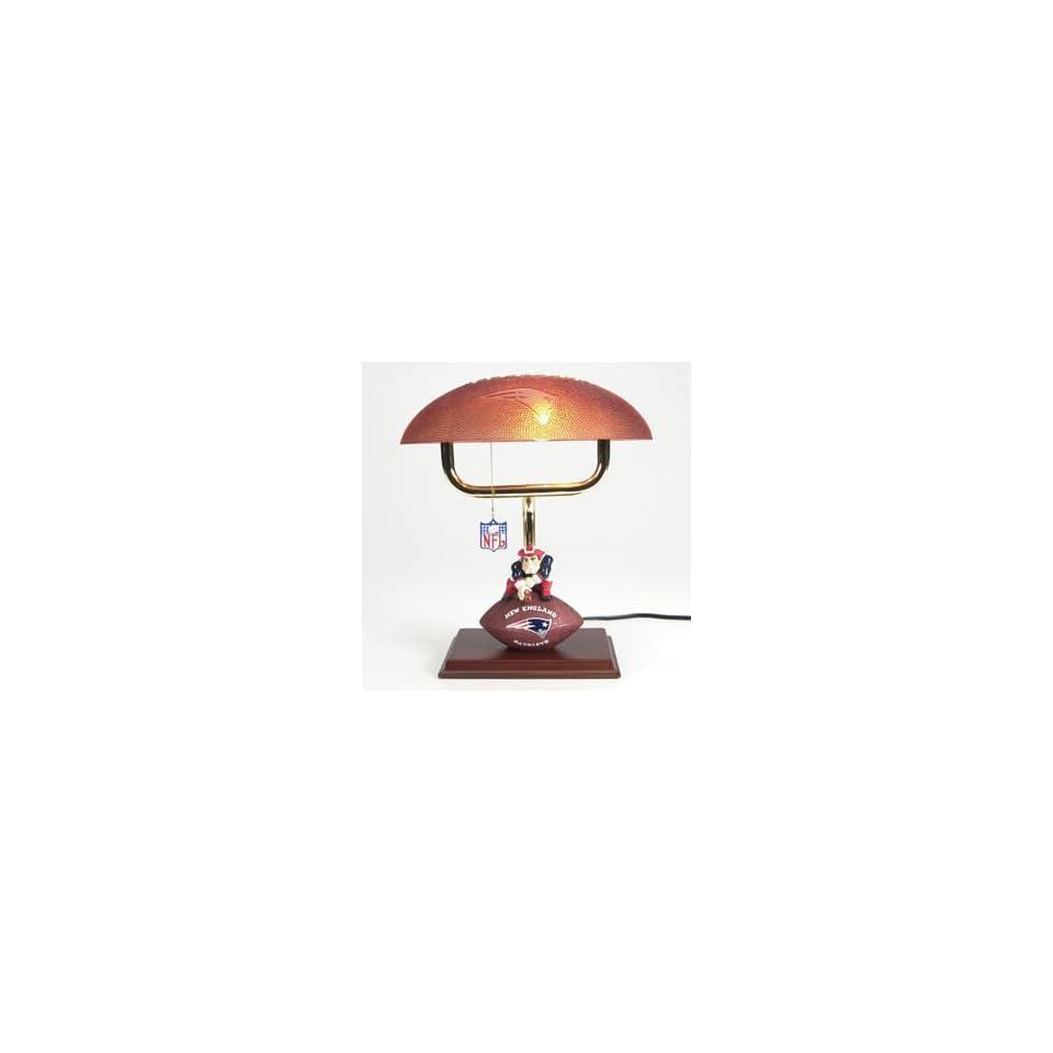 NEW ENGLAND PATRIOTS Team Logo 14 Mascot Football Table Lamp