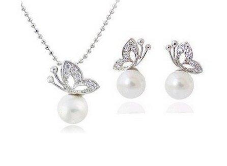 Completo Set Collana + Coppia Orecchini Farfalla e Perla Bianca - Moda Donna - Idea Regalo