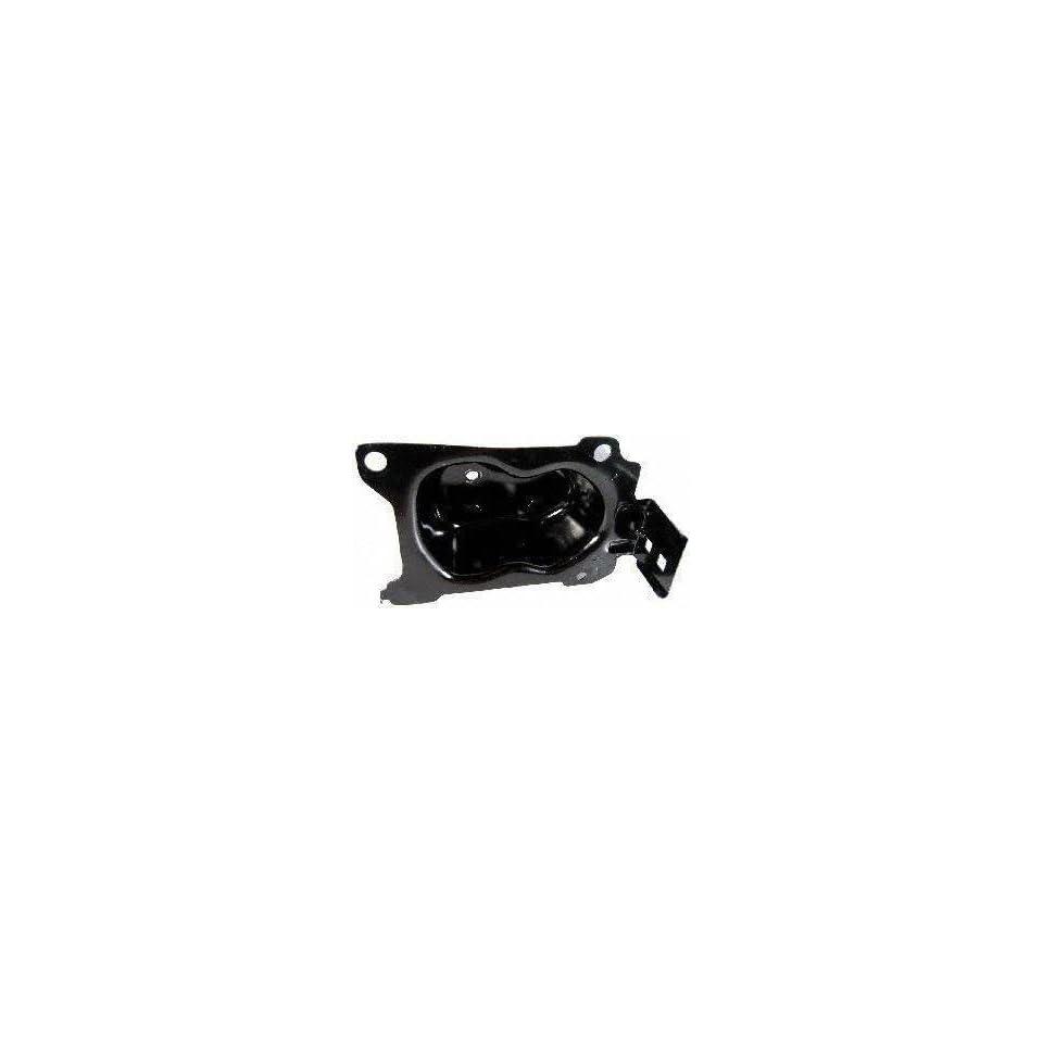 02 04 INFINITI I35 i 35 FRONT BUMPER BRACKET LH (DRIVER SIDE) (2002 02 2003 03 2004 04) I013102 622113Y100